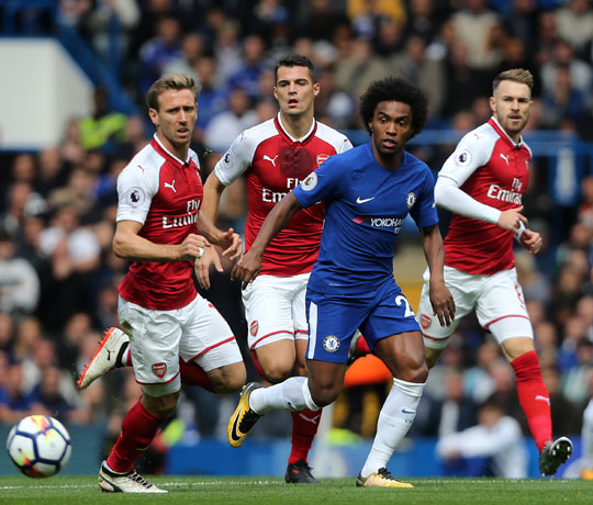 Chelsea's Willian during the Premier League match between Chelsea and Arsenal at Stamford Bridge on September 17, 2017 in London, England. (Photo by Rob Newell - CameraSport via Getty Images)